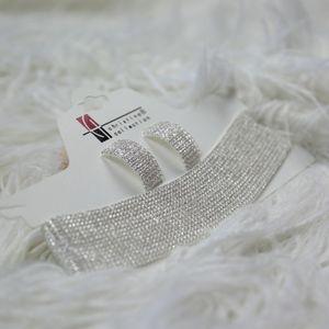 Sparkling diamond choker w/ earrings